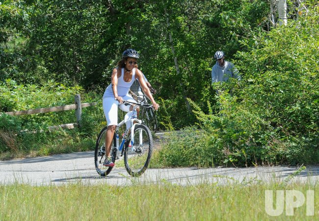 Obama goes bike riding with family in Martha's Vineyard
