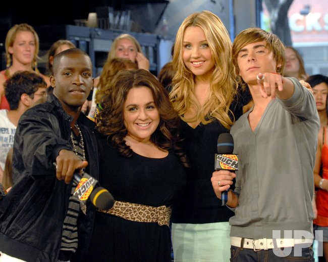 HAIRSPRAY STARS ON MUCHMUSIC