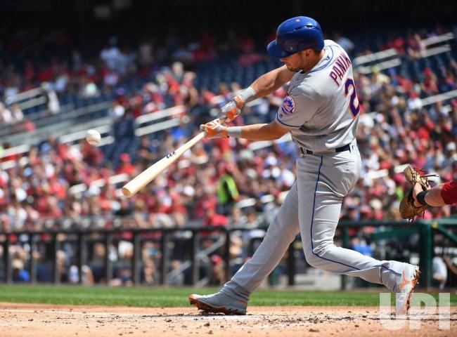 Mets Joe Panik hits RBI Double