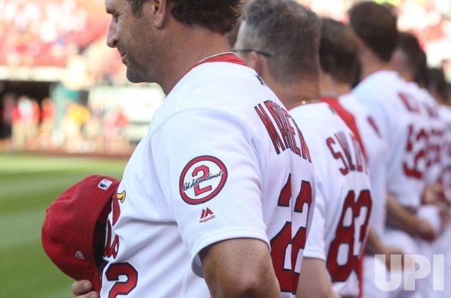 more photos f09b4 2b9e9 St. Louis Cardinals wear Red Schoendienst patch on uniform ...