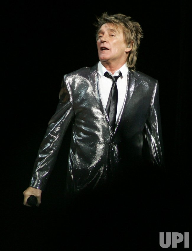 Rod Stewart performs in concert in Florida
