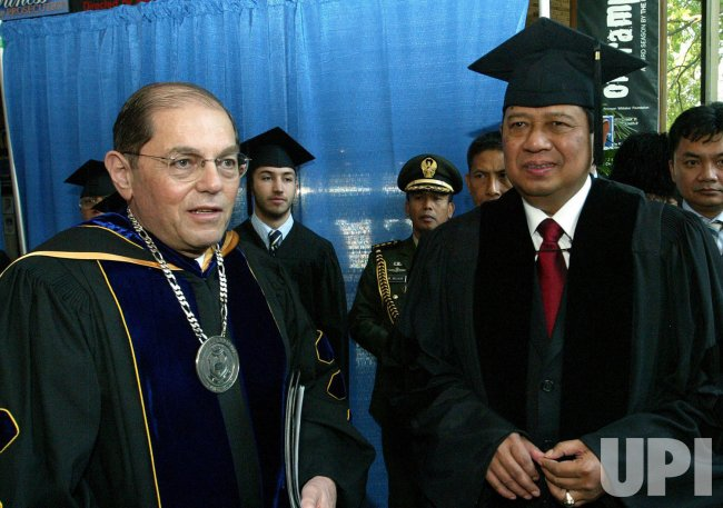 PRESIDENT OF INDONESIA RECEIVES HONORARY DEGREE