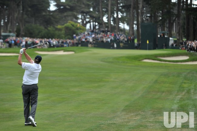 Steve Stricker watches his hit during the first round of the 2009 Presidents Cup in San Francisco
