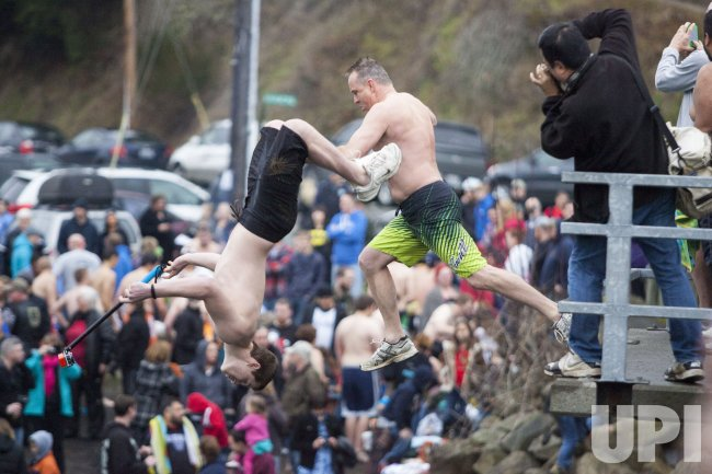 30th Annual Polar Bear Jump attracts jumpers from across Washington State to Olalla.