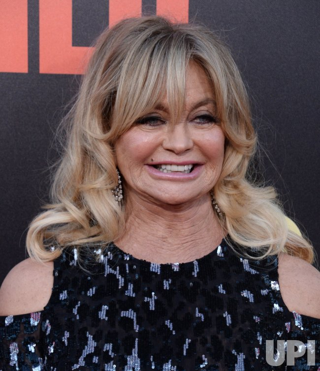 """Goldie Hawn attends the """"Snatched"""" premiere in Los Angeles"""