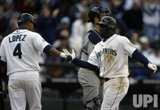 MINNESOTA TWINS VS SEATTLE MARINERS