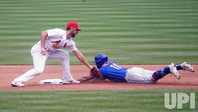 St. Louis Cardinals Paul DeJong Puts Late Tag On New York Mets Kevin Pillar