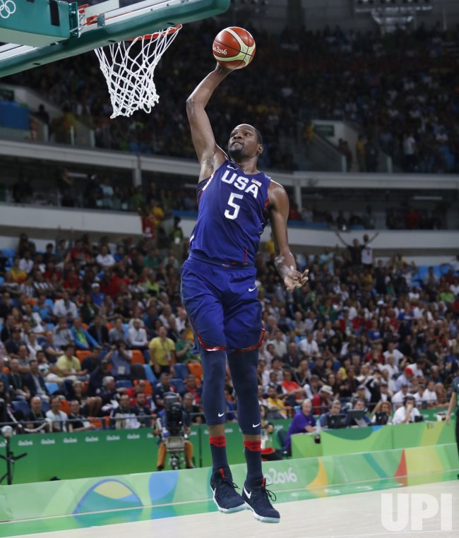 low priced cc33a bf0a1 Kevin Durant dunks the basketball at Rio Olympics - UPI.com