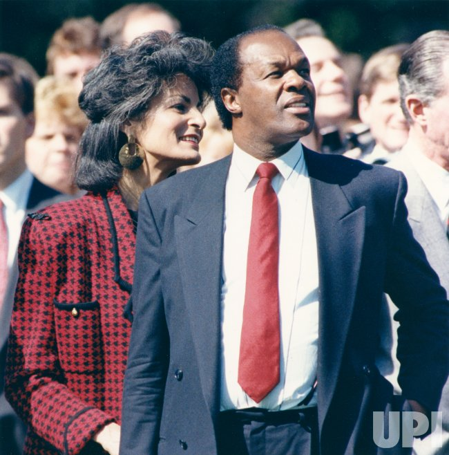 DC Mayor Marion Barry and wife Effi watch Soviet leader Mikhail Gorbachev arrive at White House