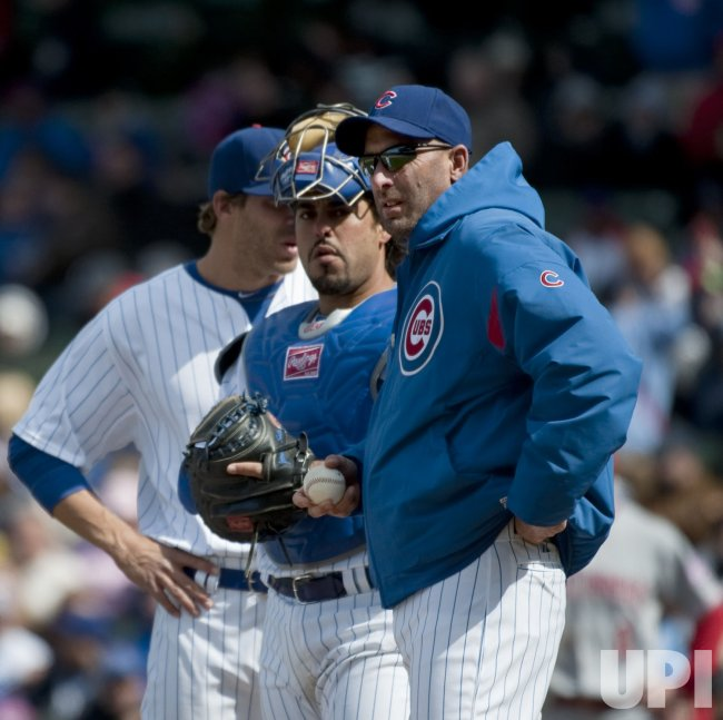 Cubs Manager Sveum changes pitchers in Chicago