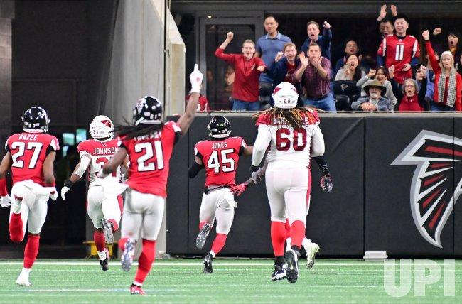 Falcons' Deion Jones intercepts Cardinals for 41-yrd TD during an NFL game in Atlanta