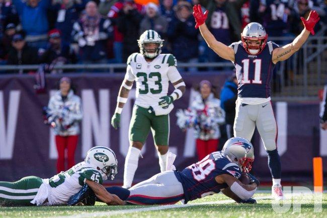 Patriots White scores against Jets