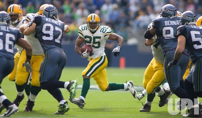 Green Bay Packers vs Seattle Seahawks in Seattle