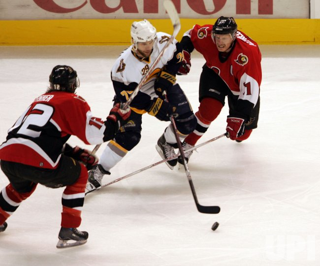 BUFFALO SABRES VS OTTAWA SENATORS IN EASTERN CONFERENCE FINALS