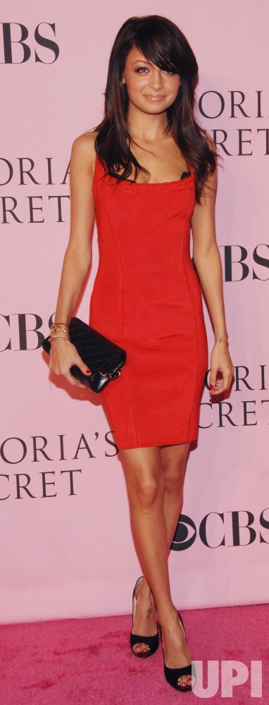 11TH VICTORIA'S SECRET FASHION SHOW TAPING IN LOS ANGELES