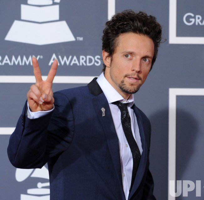 Jason Mraz arrives at the 52nd annual Grammy Awards in Los Angeles