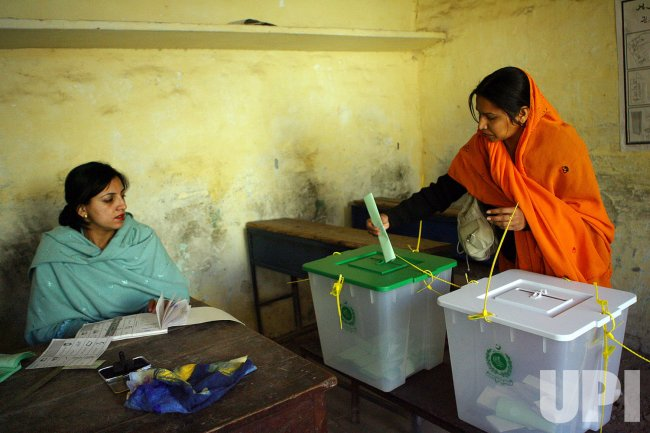 Pakistan votes for Parliament election