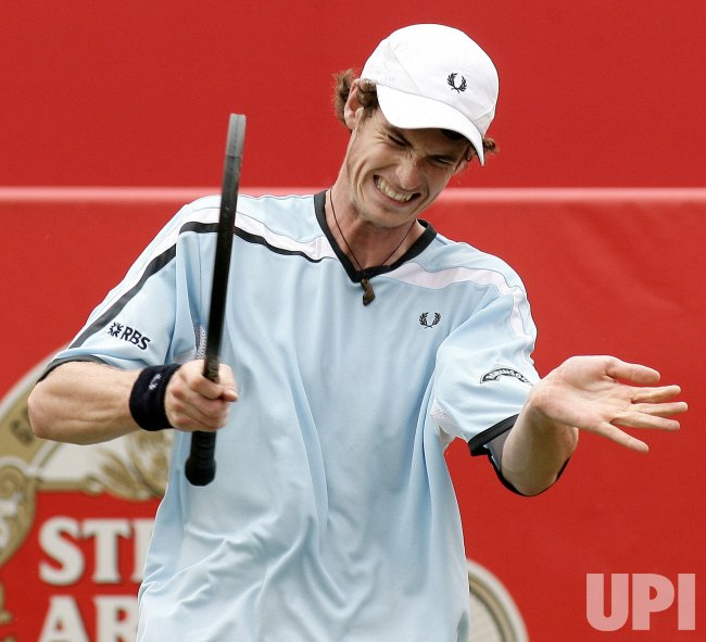 MURRAY SHOWS FRUSTRATION