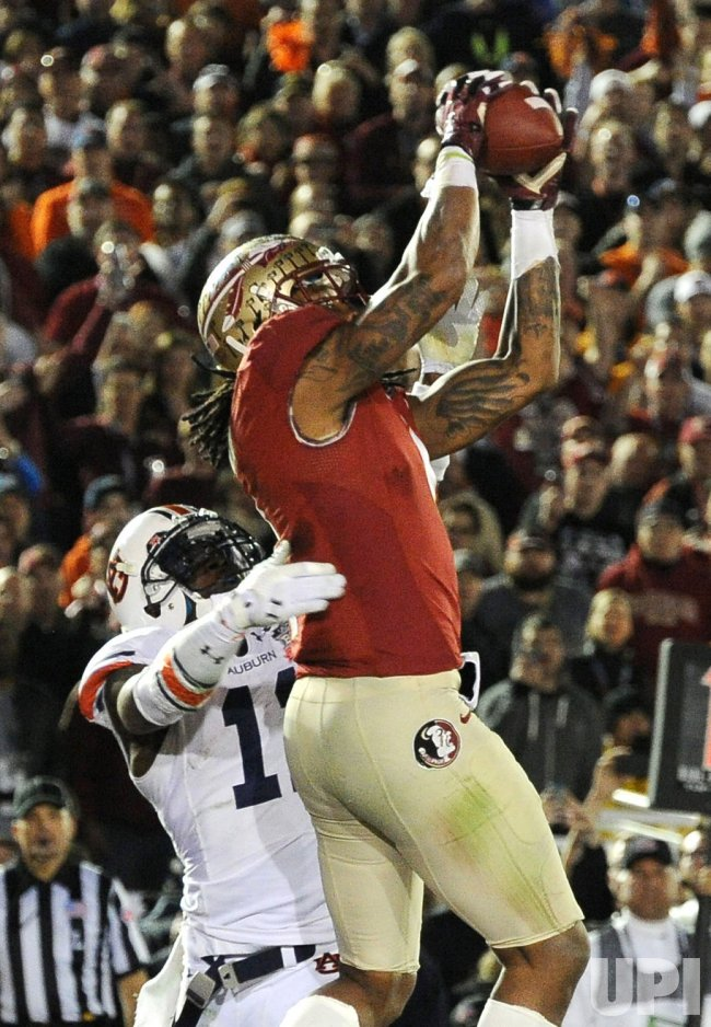 Benjamin Makes Game-winning Catch in College National Championship Game in California
