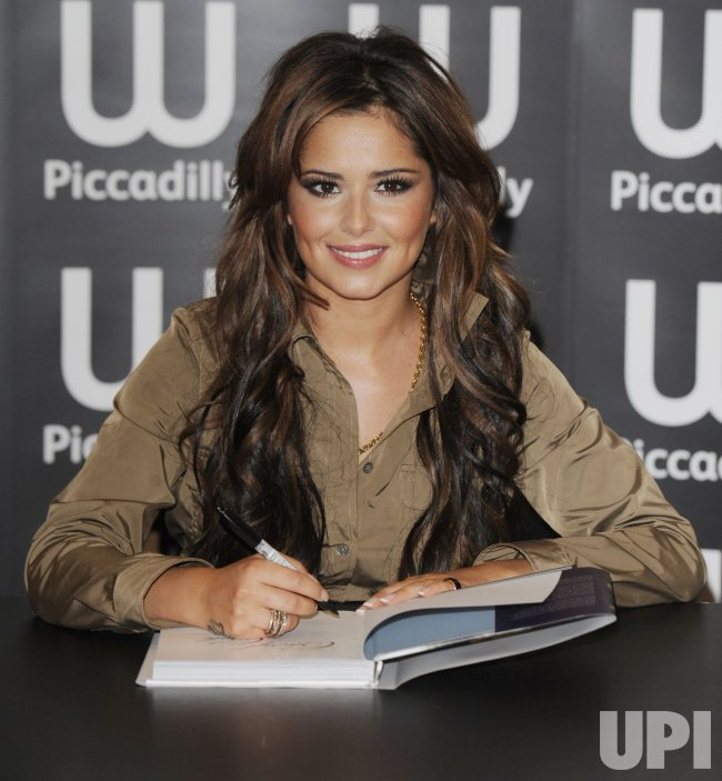 Cheryl Cole attends a booksigning in London