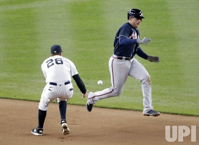 Atlanta Braves vs New York Yankees at Yankee Stadium