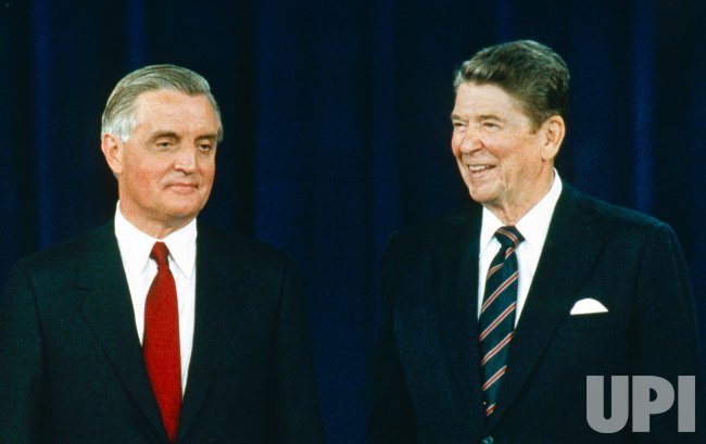 US President with Democratic Challenger Walter Mondale face of in a debate, October 10, 1984. (UPI Photo/Files)