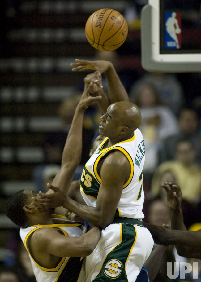 Dallas Mavericks vs Seattle SuperSonics