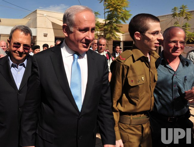 Israeli soldier Shalit returns home in Israel