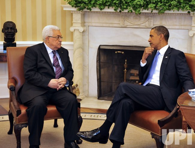 President Obama meets with President Mahmoud Abbas in Washington