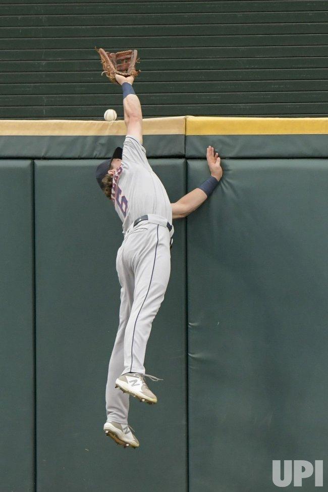 Houston Astros vs Chicago White Sox Game Four of MLB ALDS ...