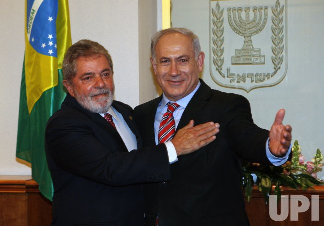 Israel's Prime Minister Netanyahu stands with Brazil's President Lula da Silva in Jerusalem