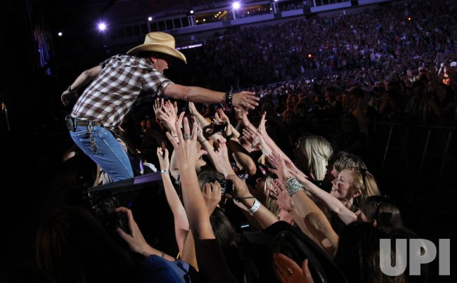 Jason Aldean performs at the 2012 CMA Music Festival in Nashville