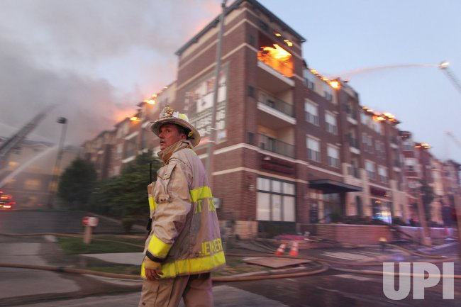 Five Alarm fire consumes apartment building in St. Louis