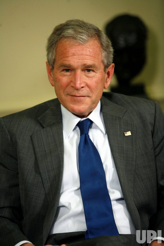 U.S. President Bush meets with the Prime Minister of Bulgaria in Washington