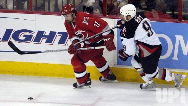 NHL BUFFALO SABRES VS CAROLINA HURRICANES