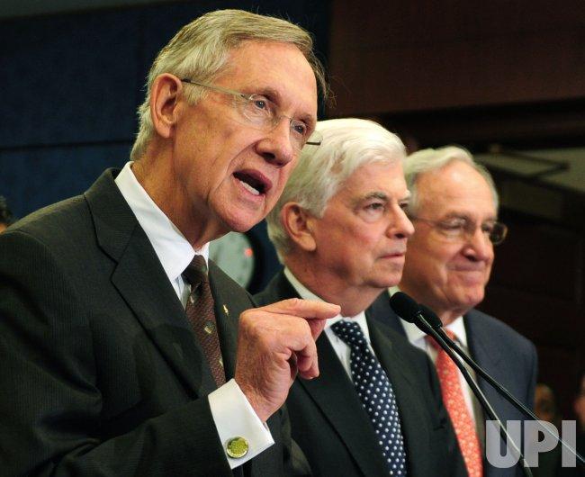 Sen. Reid (D-NV) speaks on health care reform in Washington