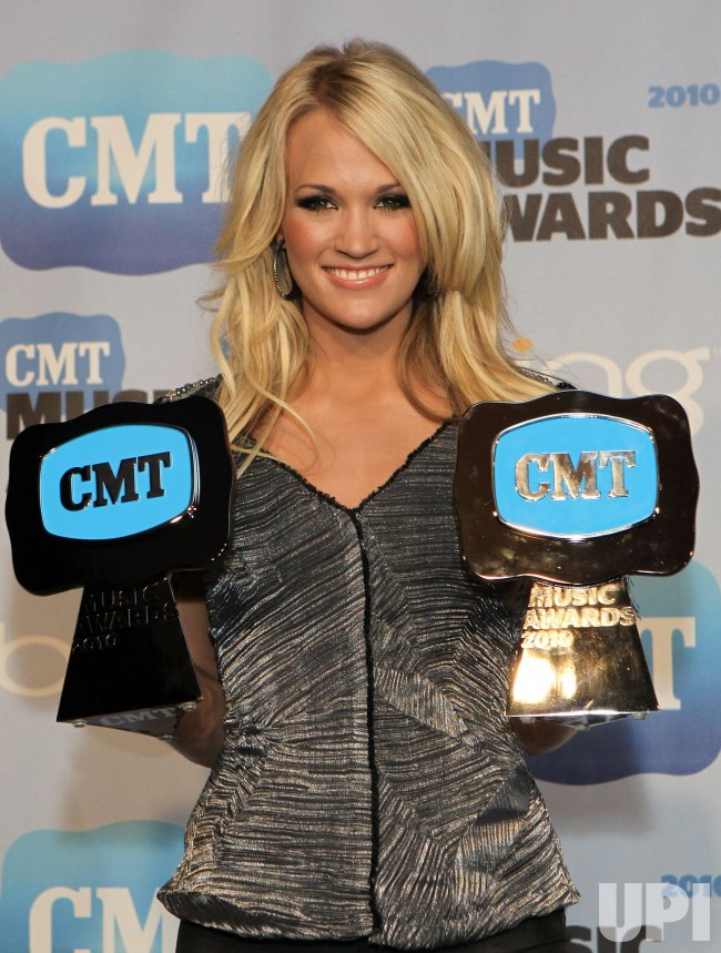Carrie Underwood Wins 2 CMT Awards In Nashville