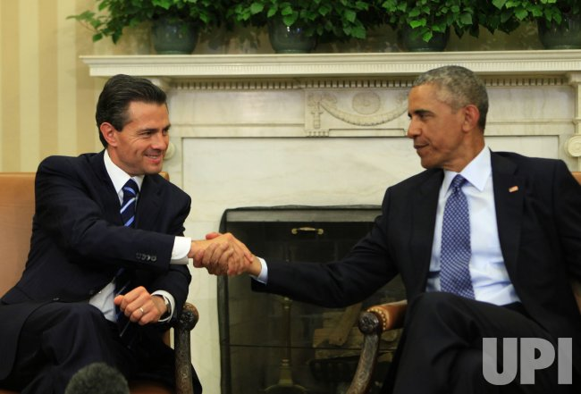 President Barack Obama meets with President Enrique Peña Nieto of Mexico
