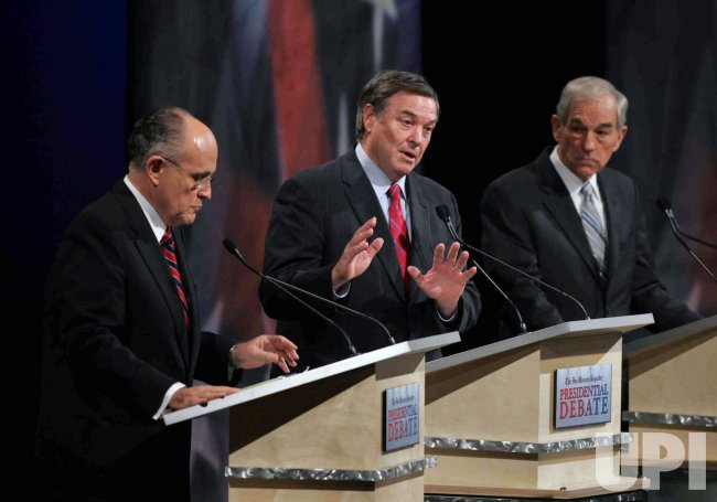 Republicans presidential candidates debate in Iowa