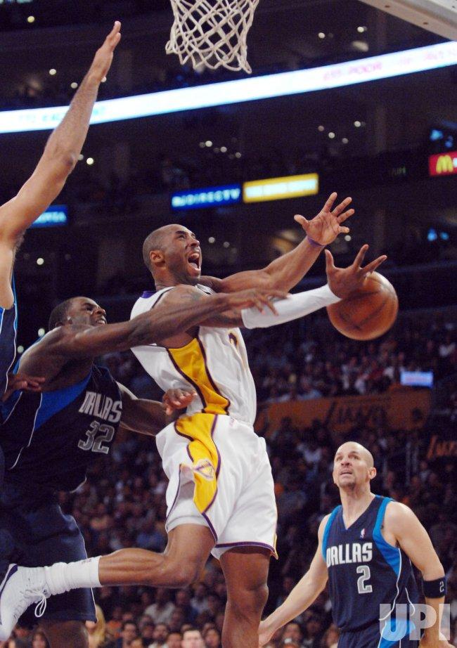 Los Angeles Lakers vs Dallas Mavericks in Los Angeles