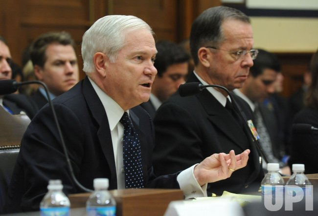 Defense SEcretary Robert Gates and Chairman of the Joint Chiefs of Staff Michael Mullen testifies in Washington