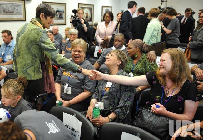 Caner Survivors and Lawmakers Speak on Health Care Reform in Washington