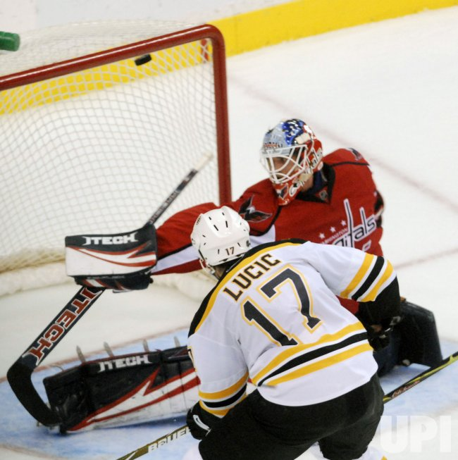 Boston Bruins vs Washington Capitals in Washington
