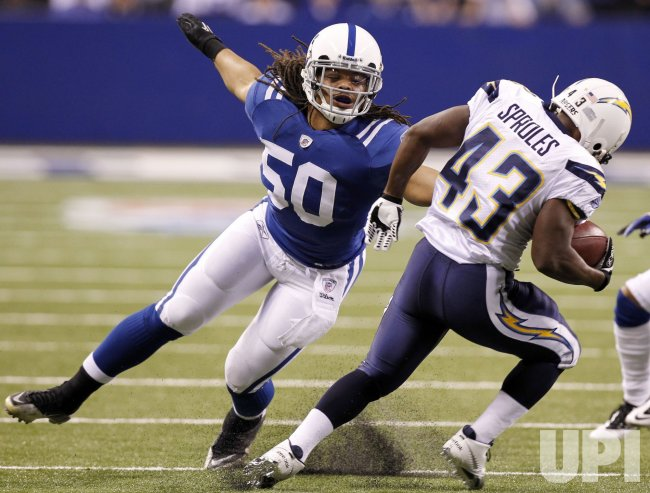 Colts Wheeler Misses Tackle on Chargers Sproles