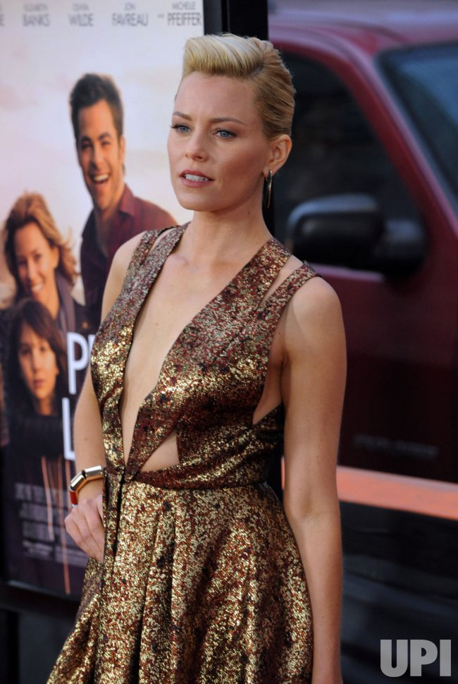 "Elizabeth Banks attends the ""People Like Us"" premiere in Los Angeles"