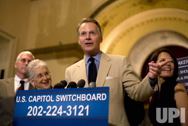 House Republicans Urge Democrats To Return To Vote On Energy Act