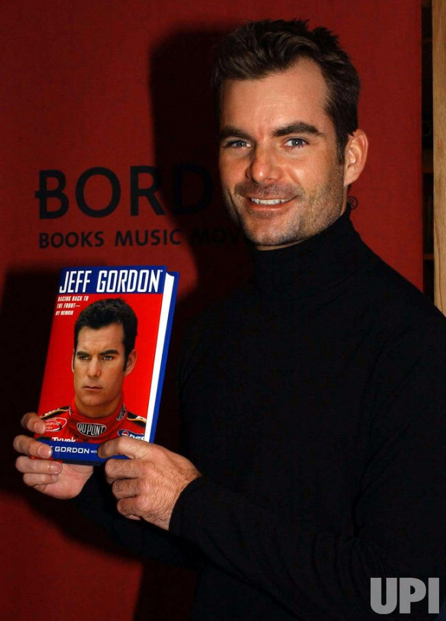 NASCAR DRIVER JEFF GORDON PUBLISHES HIS MEMOIRS