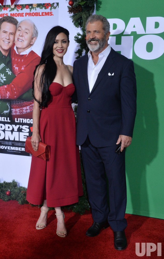 """Mel Gibson and Rosalind Rosso attend the """"Daddy's Home 2"""" premiere in Los Angeles"""