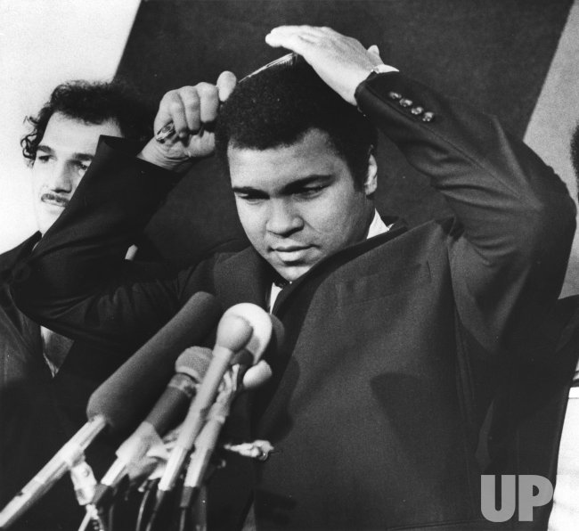Heavyweight boxing champion of the world Muhammad Ali