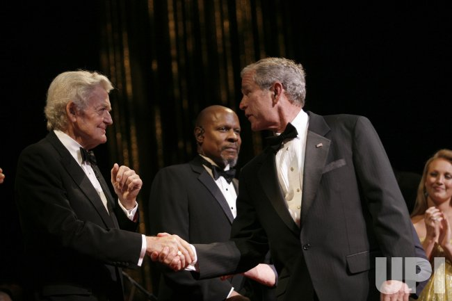 Bush attends Ford Theatre celebration